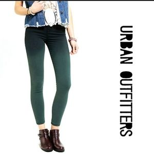 BDG high rise twig ombre skinny ankle jeansNWT 29
